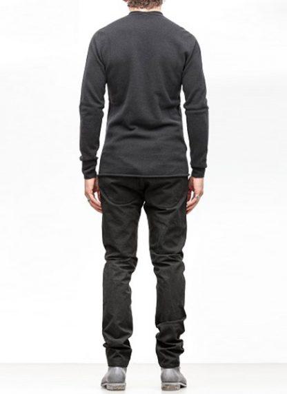 Label Under Construction FW18 men primary circle neck sweater wool dark grey hide m 4