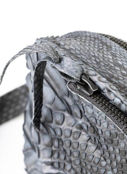 LEON EMANUEL BLANCK distortion dealer bag men women tasche DIS M DBS 01 python leather dark grey hide m 4